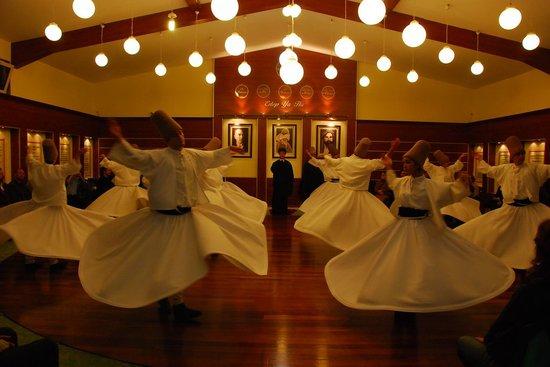 Les Arts Turcs Tours