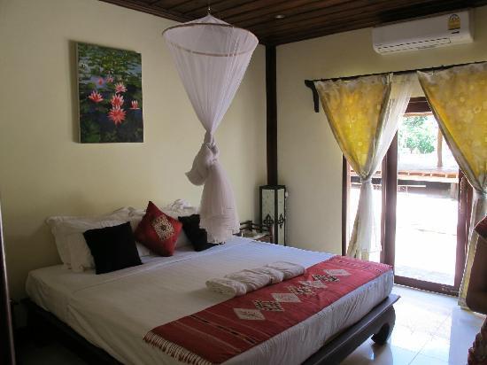 Luang Prabang Paradise Resort: room