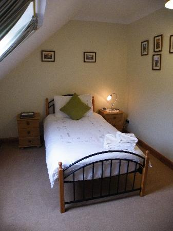 Mavisburn Bed & Breakfast: Single bedroom, which has it's own private shower room