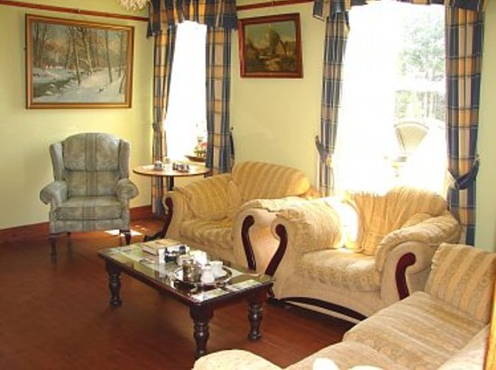The Pilgrims Rest Hotel: A Very Relaxing Hotel Lounge