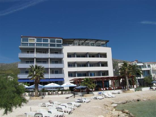 Newly built Hotel San Antonio is located near Split, right on the beach