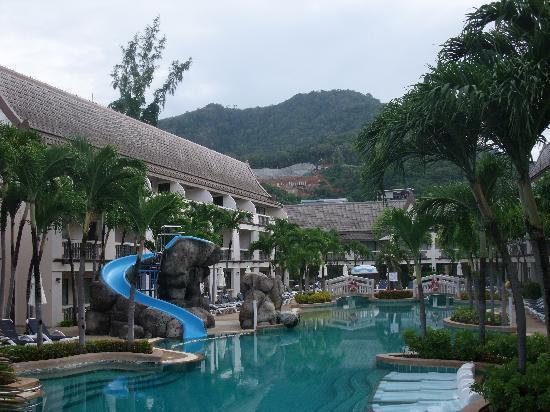 Centara Kata Resort Phuket: Main pool