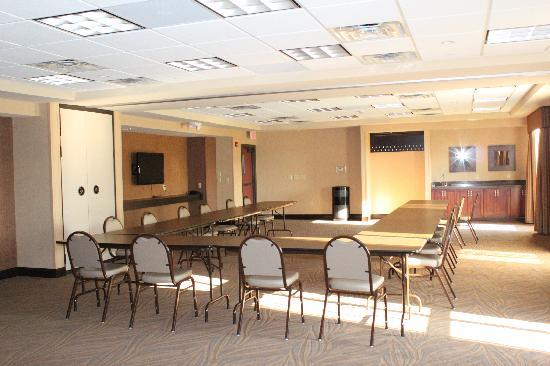 Hampton Inn & Suites Marshalltown: our large meeting space is available for any special occasion