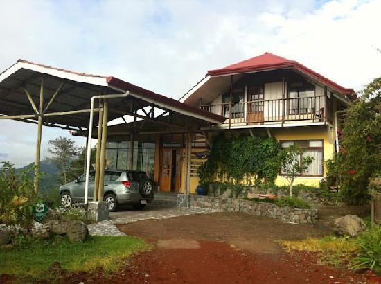 Hotel Guayabo Lodge: Aussenansicht Guajabo-Lodge