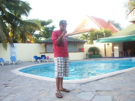 Coop Marena Beach Resort: en la pisina pequeña