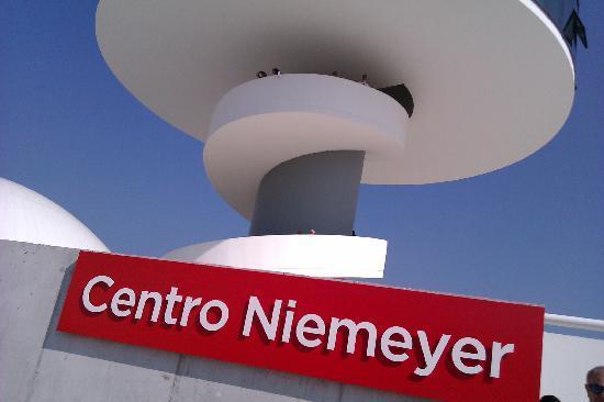 Centro Niemeyer: TORRE MIRADOR - RESTAURANTE