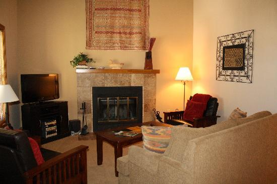 Ferringway Hotel Condominiums: Living room in Biltmore