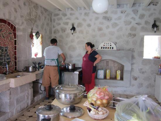 Erenler Sofrasi Day Cooking Classes: The open air kitchen