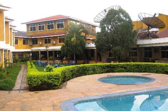Hotel Oasis: Jacuzzi