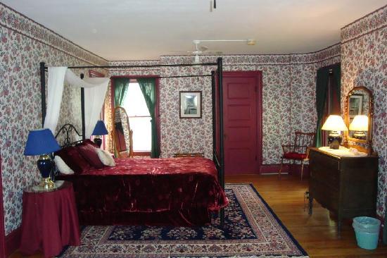 The Libby House Inn: Bed room
