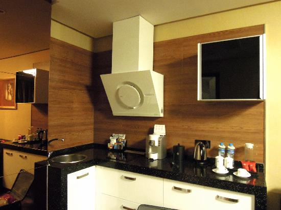 Bojing Daisi Hotel: Room-2 (Huangshan Days Suites)