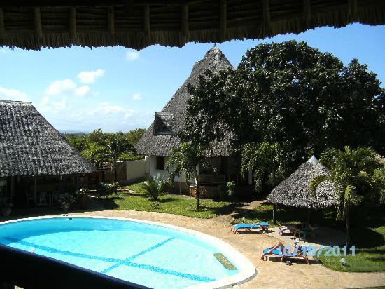 Diani Paradise Villas: Pool