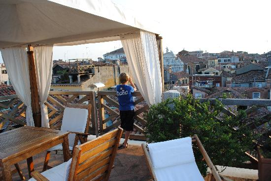 Hotel Saturnia & International: rooftop