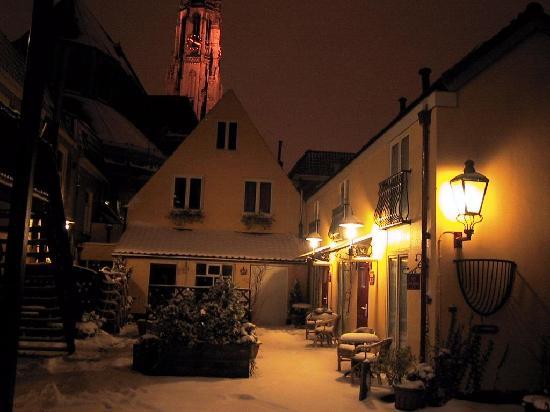 Hotel de Emauspoort winter