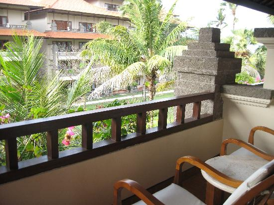 Peninsula Beach Resort Tanjung Benoa: Balcony