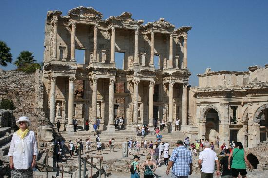 Ephesus Expert - Day Tours: The Library