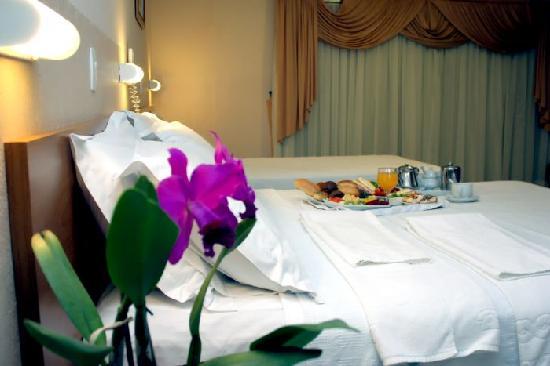 Del Rey Hotel: Room