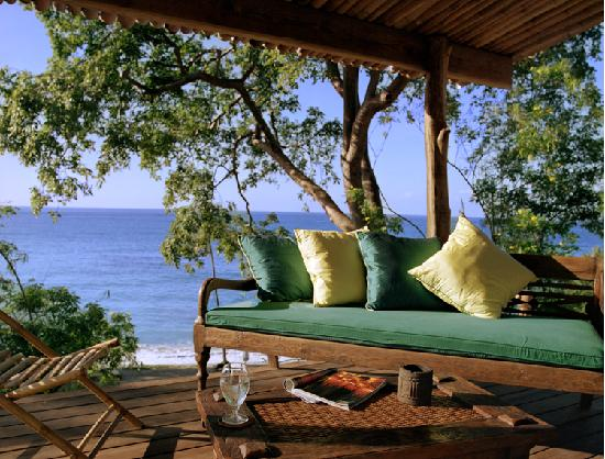 Laluna Hotel: Each suite has it's own private veranda with Balinese day beds