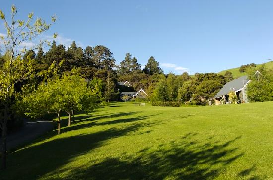 Akaroa Cottages - Heritage Collection: The Setting