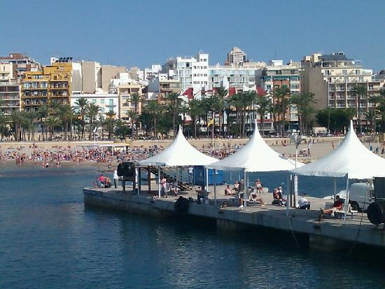 Queens Hotel : Beach at Benidorm