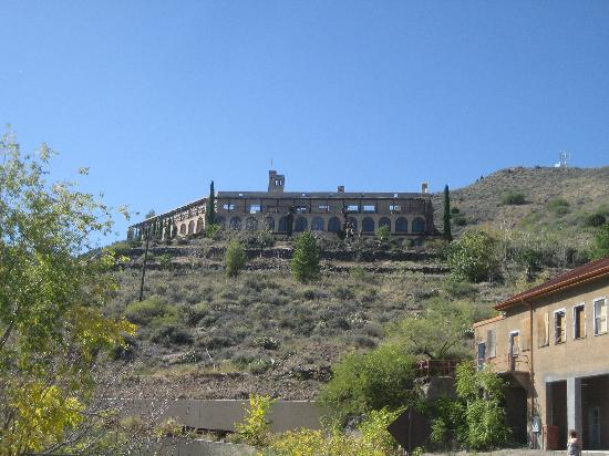 Jerome, AZ: Little Daisy Hotel - now vacant