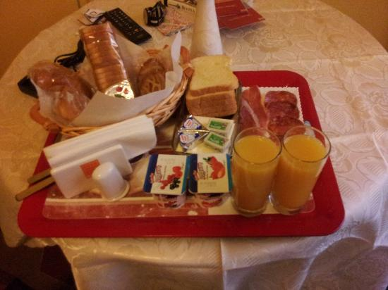 B&B Gaius Roma : Breakfast