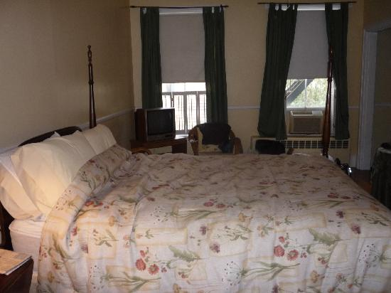 Wayside Guest House: Bedroom