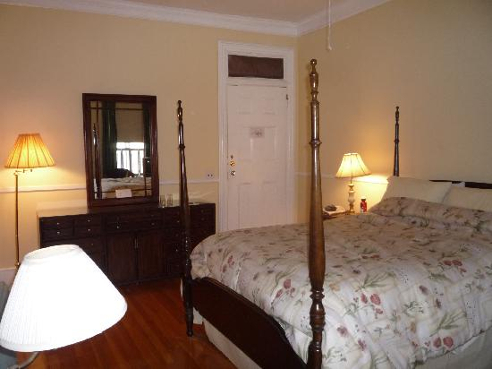 Wayside Guest House: Bedroom 2