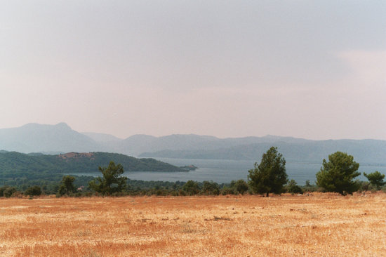 Yuvarlak Cay : The view from the minibus stop (overlooking Koycegiz)