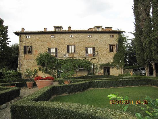 La Canonica di Cortine: The villa from the grounds