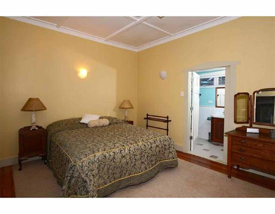 Kauri Nest B&B: Florence room