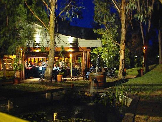 San Martino: Restaurant at night