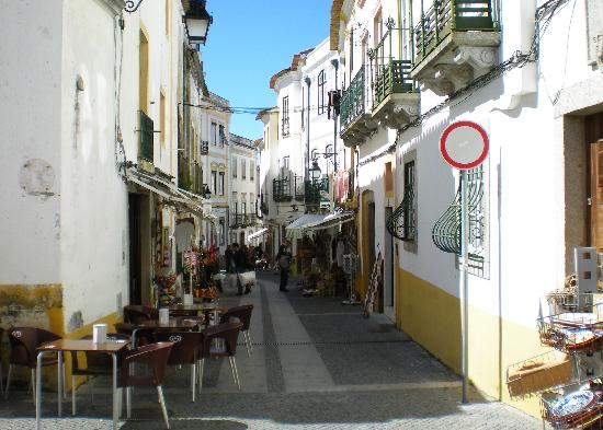 Pensao Residencial Policarpo: ,,,just down the way from the Pensao...