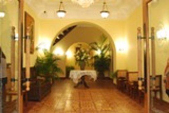 維甘薩爾塞多飯店