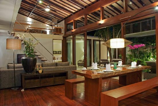 Kei Villas: Dining Room