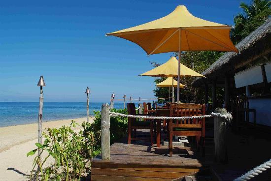 Malolo Island Resort: happy hour view!