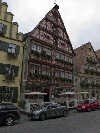Deutsches Haus: The hotel
