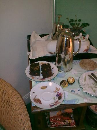 Sheldon House, Cottage & Barn : A delicious treat