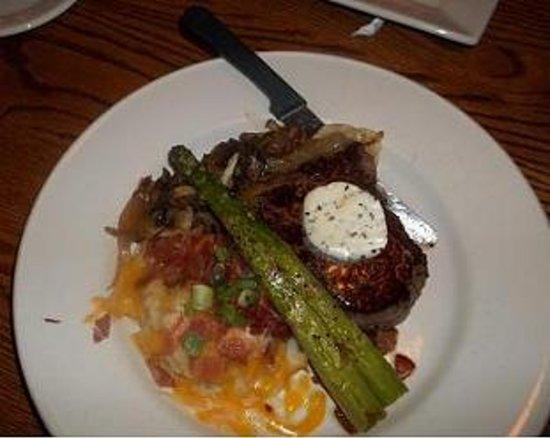 Marie Callender's Restaurant & Bakery: mouth watering top sirloin steak special