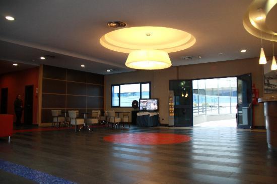 Hotel Puerta de Alcala: Lobby