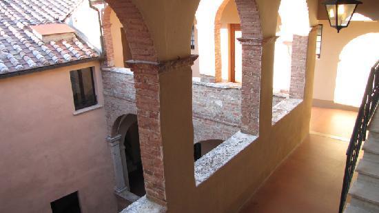 Palazzo Bellarmino: Interno del palazzo