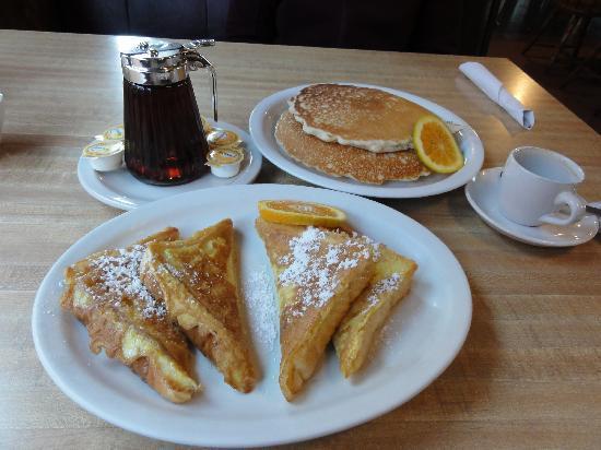 San Juan Inn & Trading Post: French toasts et pancakes