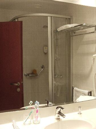Hotel Coronet : Baño