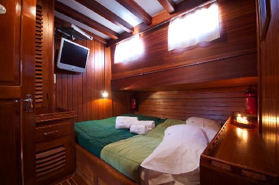 Plaghia Boat & Breakfast: cabina lusso doppia