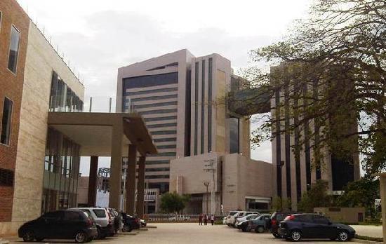Hesperia WTC Valencia: Entrada Hesperia Valencia