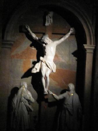 St. Blasius Church : crusifix