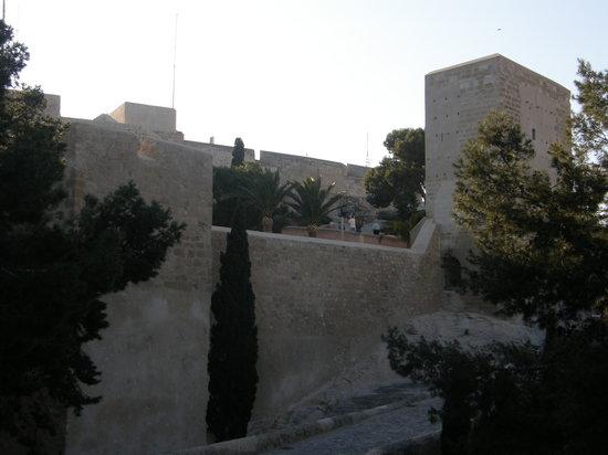 Castillo de Santa Bárbara: castillo santa barbara
