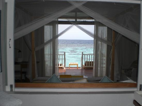 Centara Grand Island Resort & Spa Maldives: Luxury sunset water villa