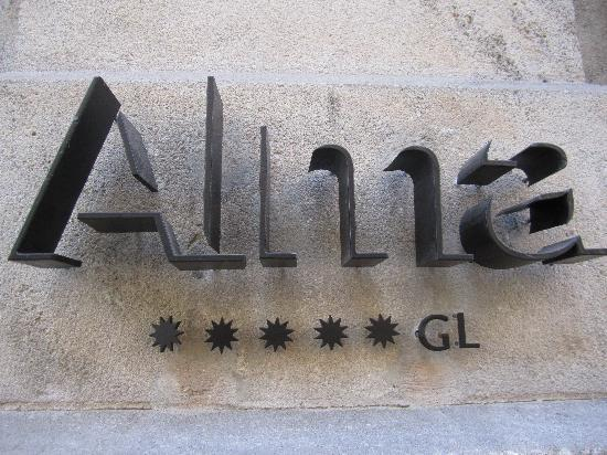Alma Barcelona: The sign in front - subtle