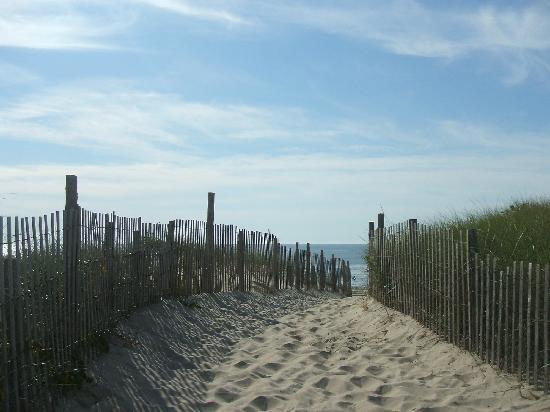 Ship Bottom Beach: entrance to Ship Bottom's gorgeous beach